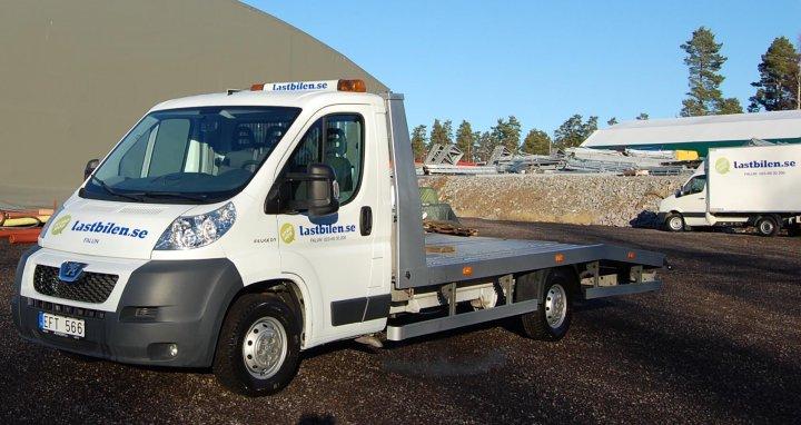 hyra skåp bil ~ hyra biltransport  bärgare i jönköping i jönköping